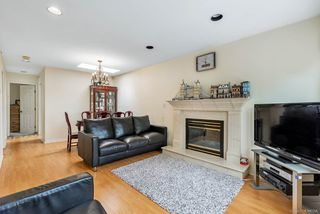 Photo 3: 2208 E 42ND Avenue in Vancouver: Killarney VE House for sale (Vancouver East)  : MLS®# R2386316