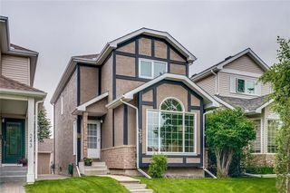 Photo 1: 239 COACHWAY Road SW in Calgary: Coach Hill Detached for sale : MLS®# C4258685