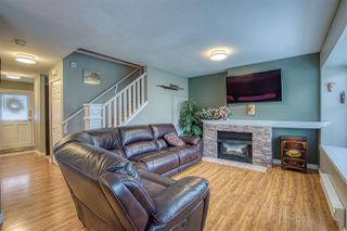 "Photo 2: 46 12099 237 Street in Maple Ridge: East Central Townhouse for sale in ""Gabriola"" : MLS®# R2407463"