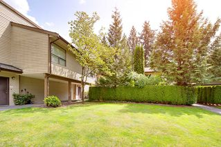"Photo 18: 6 9151 FOREST GROVE Drive in Burnaby: Forest Hills BN Townhouse for sale in ""Rossmore"" (Burnaby North)  : MLS®# R2426367"