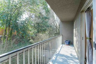 """Photo 14: 809 756 GREAT NORTHERN Way in Vancouver: Mount Pleasant VE Condo for sale in """"PACIFIC TERRACE"""" (Vancouver East)  : MLS®# R2447788"""