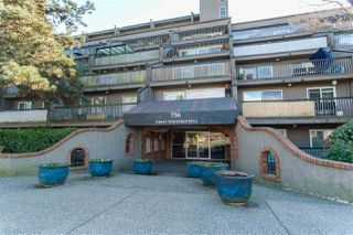"""Photo 3: 809 756 GREAT NORTHERN Way in Vancouver: Mount Pleasant VE Condo for sale in """"PACIFIC TERRACE"""" (Vancouver East)  : MLS®# R2447788"""