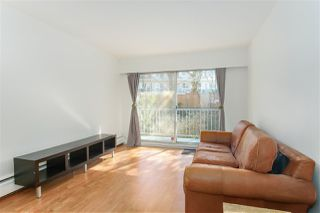 """Photo 5: 809 756 GREAT NORTHERN Way in Vancouver: Mount Pleasant VE Condo for sale in """"PACIFIC TERRACE"""" (Vancouver East)  : MLS®# R2447788"""