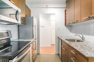 """Photo 11: 809 756 GREAT NORTHERN Way in Vancouver: Mount Pleasant VE Condo for sale in """"PACIFIC TERRACE"""" (Vancouver East)  : MLS®# R2447788"""