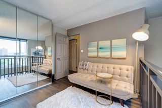 Photo 22: 1105 80 Cumberland Street in Toronto: Annex Condo for lease (Toronto C02)  : MLS®# C4832833