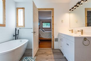 Photo 30: 1401 Valley View Dr in : CV Courtenay East Single Family Detached for sale (Comox Valley)  : MLS®# 855735