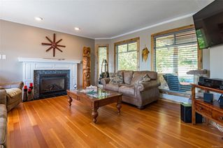 Photo 12: 1401 Valley View Dr in : CV Courtenay East Single Family Detached for sale (Comox Valley)  : MLS®# 855735