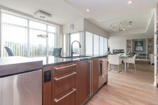 Photo 13: TH-2 100 Saghalie Rd in : VW Songhees Row/Townhouse for sale (Victoria West)  : MLS®# 856670