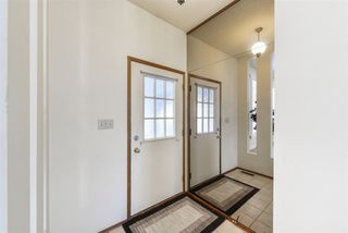 Photo 4: 2432 117 Street in Edmonton: Zone 16 House for sale : MLS®# E4220630