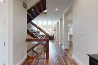 Photo 3: 9819 147 Street NW in Edmonton: Zone 10 House for sale : MLS®# E4220789