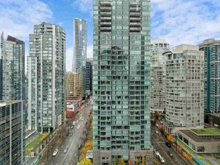 """Photo 15: 2102 1331 ALBERNI Street in Vancouver: West End VW Condo for sale in """"The Lions"""" (Vancouver West)  : MLS®# R2517604"""
