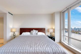 Photo 14: 1602 8 SMITHE Mews in Vancouver: Yaletown Condo for sale (Vancouver West)  : MLS®# R2518054