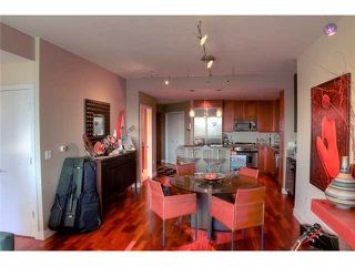 Photo 1: DOWNTOWN Condo for sale : 2 bedrooms : 700 W Harbor Drive #806 in San Diego