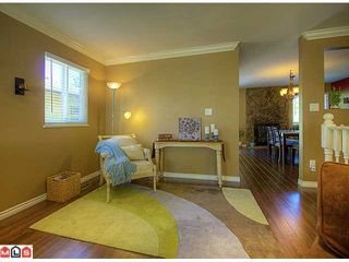 Photo 3: 2249 Willoughby Way in Langley: Willoughby House for sale : MLS®# F1215714