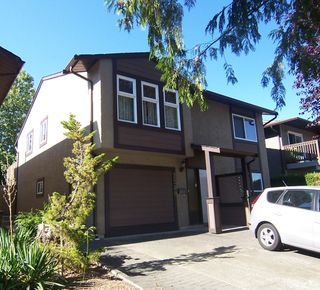 Photo 1: 2249 Willoughby Way in Langley: Willoughby House for sale : MLS®# F1215714