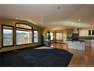 Photo 4: 624 Denali Drive in Kelowna: Residential Detached for sale : MLS®# 10056541