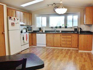Photo 2: 17 5575 MASON Road in Sechelt: Sechelt District Manufactured Home for sale (Sunshine Coast)  : MLS®# V1038390