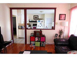 Photo 7: 140 27 Avenue NE in CALGARY: Tuxedo Residential Detached Single Family for sale (Calgary)  : MLS®# C3603482