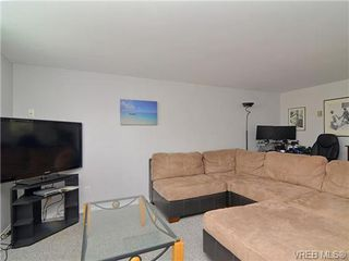 Photo 14: 2123 Ferndale Road in VICTORIA: SE Gordon Head Single Family Detached for sale (Saanich East)  : MLS®# 334232