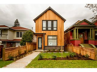 Photo 12: 1243 E 11TH Avenue in Vancouver: Mount Pleasant VE House 1/2 Duplex for sale (Vancouver East)  : MLS®# V1059812