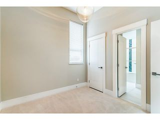 Photo 8: 1243 E 11TH Avenue in Vancouver: Mount Pleasant VE House 1/2 Duplex for sale (Vancouver East)  : MLS®# V1059812