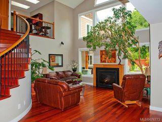 Photo 2: 3321 Arrowsmith Rd in NANAIMO: Na Uplands House for sale (Nanaimo)  : MLS®# 674773