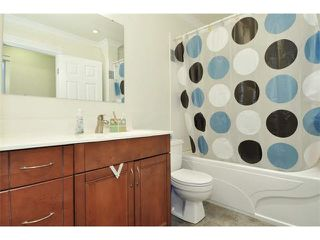 "Photo 9: 16 900 W 17TH Street in North Vancouver: Hamilton Townhouse for sale in ""FOXWOOD HILLS"" : MLS®# V1085477"