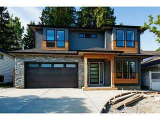 Photo 1: 1136 RONAYNE Road in North Vancouver: Lynn Valley House for sale : MLS®# V1122985