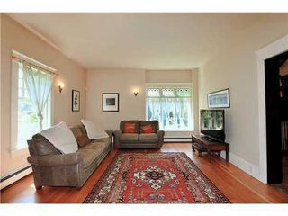 Photo 5: 2590 2ND Ave W in Vancouver West: Kitsilano Home for sale ()  : MLS®# V950233