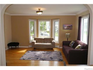 Photo 3: 1329 Somerville Avenue in WINNIPEG: Manitoba Other Residential for sale : MLS®# 1525316