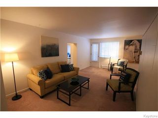 Photo 2: 1700 Taylor Avenue in Winnipeg: River Heights / Tuxedo / Linden Woods Condominium for sale (South Winnipeg)  : MLS®# 1530784