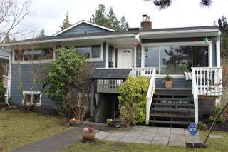 Photo 1: 2870 LYNDENE Road in North Vancouver: Capilano NV House for sale : MLS®# R2034832