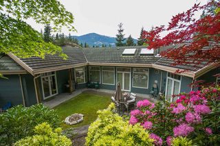 "Photo 1: 159 STONEGATE Drive in West Vancouver: Furry Creek House for sale in ""BENCHLANDS"" : MLS®# R2069464"