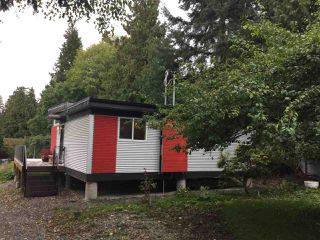 Main Photo: 1041 FAIRVIEW Road in Gibsons: Gibsons & Area House for sale (Sunshine Coast)  : MLS®# R2114189