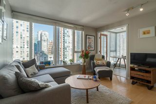 "Photo 3: 1204 1010 RICHARDS Street in Vancouver: Yaletown Condo for sale in ""THE GALLERY"" (Vancouver West)  : MLS®# R2115670"