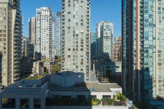 "Photo 16: 1204 1010 RICHARDS Street in Vancouver: Yaletown Condo for sale in ""THE GALLERY"" (Vancouver West)  : MLS®# R2115670"