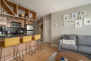 "Photo 7: 1204 1010 RICHARDS Street in Vancouver: Yaletown Condo for sale in ""THE GALLERY"" (Vancouver West)  : MLS®# R2115670"