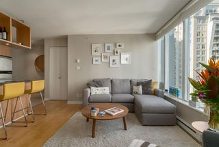"Photo 2: 1204 1010 RICHARDS Street in Vancouver: Yaletown Condo for sale in ""THE GALLERY"" (Vancouver West)  : MLS®# R2115670"