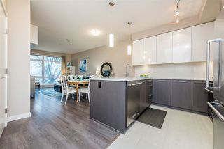 "Photo 3: 326 22 E ROYAL Avenue in New Westminster: Fraserview NW Condo for sale in ""THE LOOKOUT"" : MLS®# R2139153"