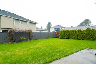 "Photo 3: 5105 214A Street in Langley: Murrayville House for sale in ""Murrayville"" : MLS®# R2151155"