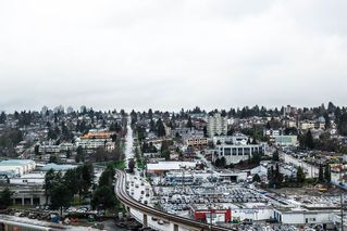 """Photo 16: 1605 10 LAGUNA Court in New Westminster: Quay Condo for sale in """"LAGUNA COURT"""" : MLS®# R2155689"""