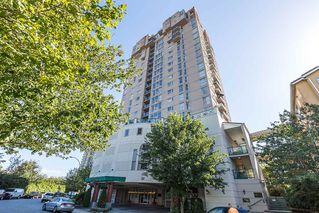 """Photo 1: 1605 10 LAGUNA Court in New Westminster: Quay Condo for sale in """"LAGUNA COURT"""" : MLS®# R2155689"""
