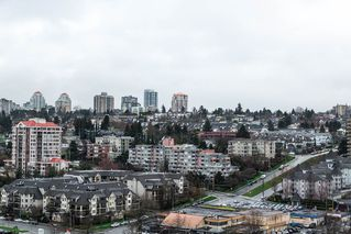 """Photo 15: 1605 10 LAGUNA Court in New Westminster: Quay Condo for sale in """"LAGUNA COURT"""" : MLS®# R2155689"""
