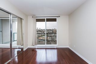 """Photo 9: 1605 10 LAGUNA Court in New Westminster: Quay Condo for sale in """"LAGUNA COURT"""" : MLS®# R2155689"""