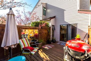 "Photo 4: 21 230 W 14TH Street in North Vancouver: Central Lonsdale Townhouse for sale in ""CUSTER PLACE"" : MLS®# R2159000"