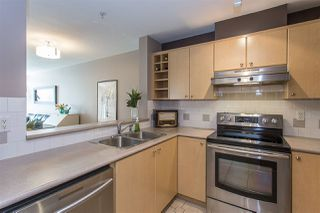 "Photo 6: 422 3122 ST JOHNS Street in Port Moody: Port Moody Centre Condo for sale in ""SONRISA"" : MLS®# R2159286"
