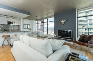 """Photo 8: 2906 128 W CORDOVA Street in Vancouver: Downtown VW Condo for sale in """"WOODWARD'S"""" (Vancouver West)  : MLS®# R2167108"""