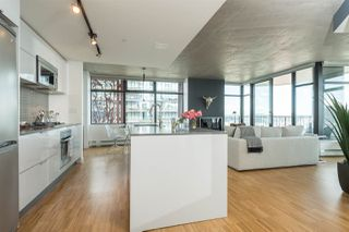 """Photo 4: 2906 128 W CORDOVA Street in Vancouver: Downtown VW Condo for sale in """"WOODWARD'S"""" (Vancouver West)  : MLS®# R2167108"""