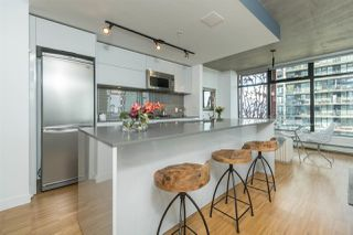 """Photo 5: 2906 128 W CORDOVA Street in Vancouver: Downtown VW Condo for sale in """"WOODWARD'S"""" (Vancouver West)  : MLS®# R2167108"""