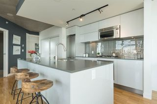 """Photo 6: 2906 128 W CORDOVA Street in Vancouver: Downtown VW Condo for sale in """"WOODWARD'S"""" (Vancouver West)  : MLS®# R2167108"""